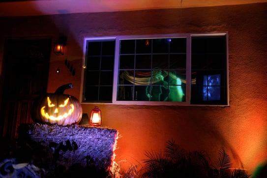 garage haunted house