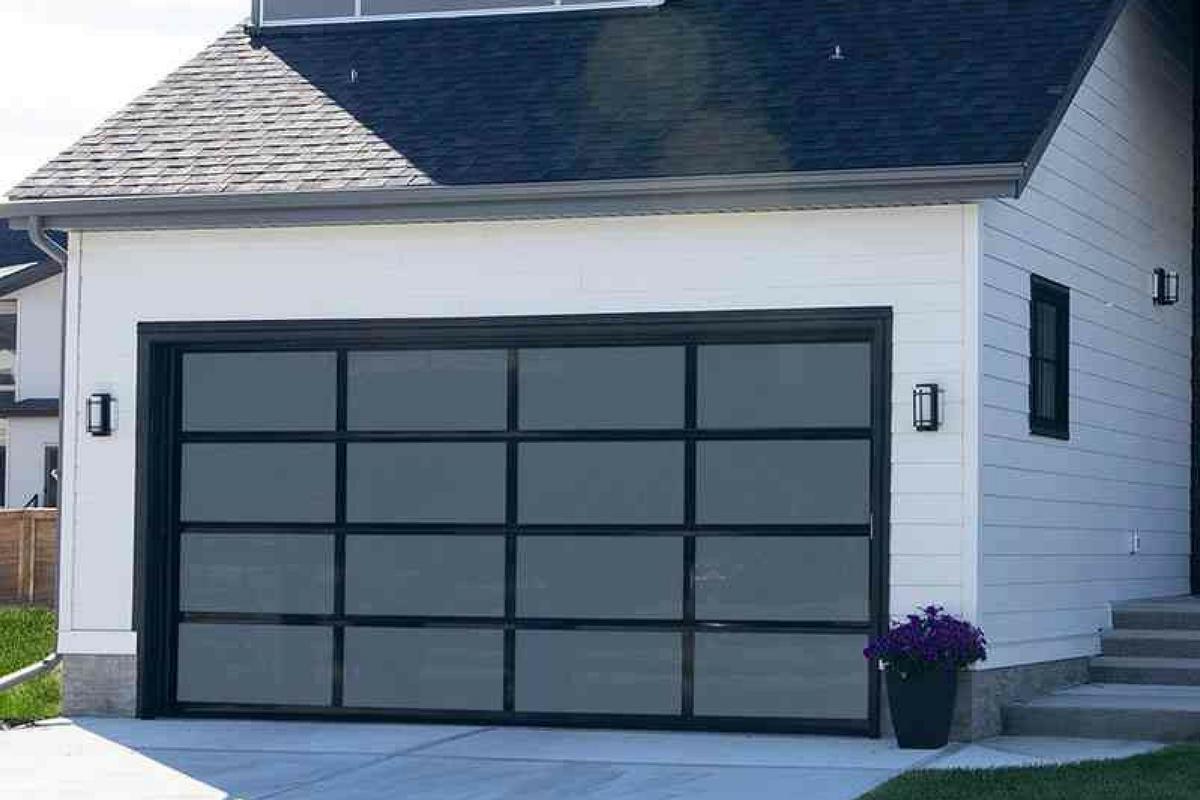 Aluminum Garage Door. Easy Lift Nov. 2017 Blog 2_preview.png