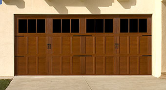 carriage-house-garage-doors-9700.jpg