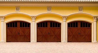 wood-garage-doors-7400.jpg